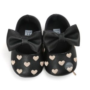 Other - Boutique baby black leather crib shoes size 2